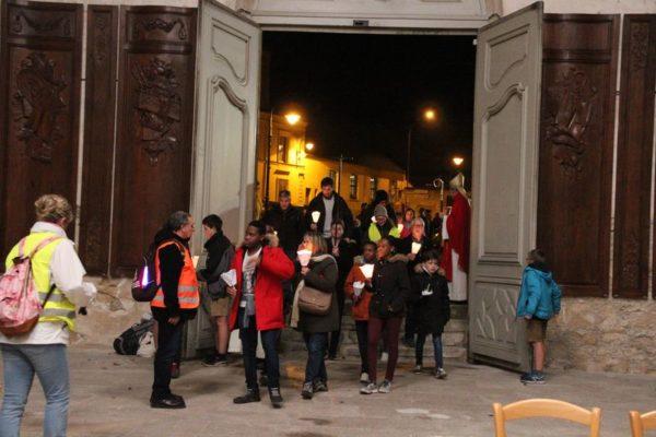 Célébration à Essômes-sur-Marne avec les jeunes de retour de la marche