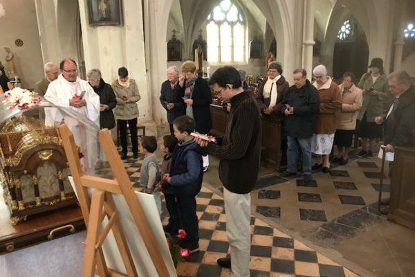 20190528 - Pérégrination reliques sainte Thérèse Sains Richaumont (3)